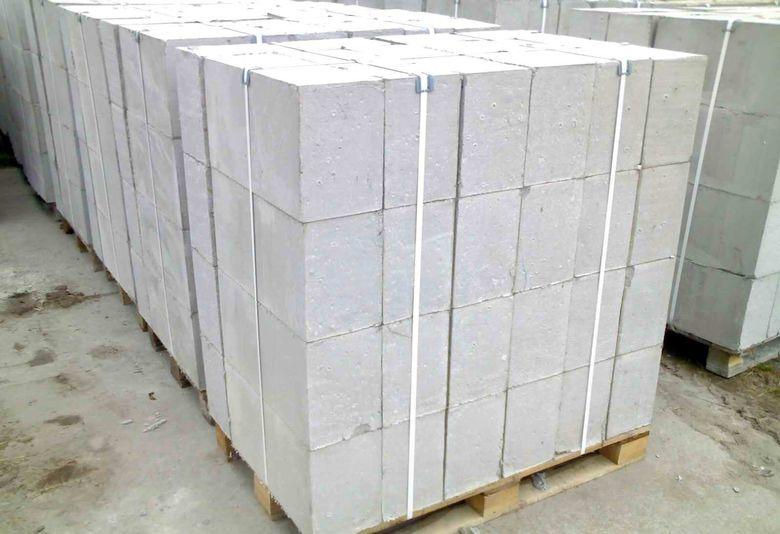 Сколько пеноблоков в поддоне 600х300х200 штук